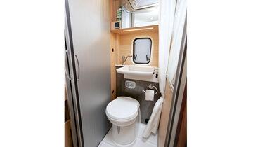 Beispiel Bürstner City Car: kleinste Grundfläche, mäßiges Raumgefühl.