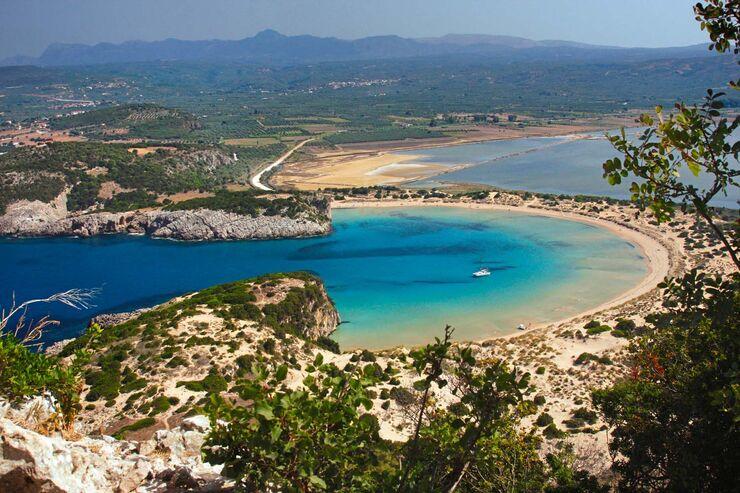 Der Strand in der Bucht von Navarino hat die Form eines Amphitheaters.