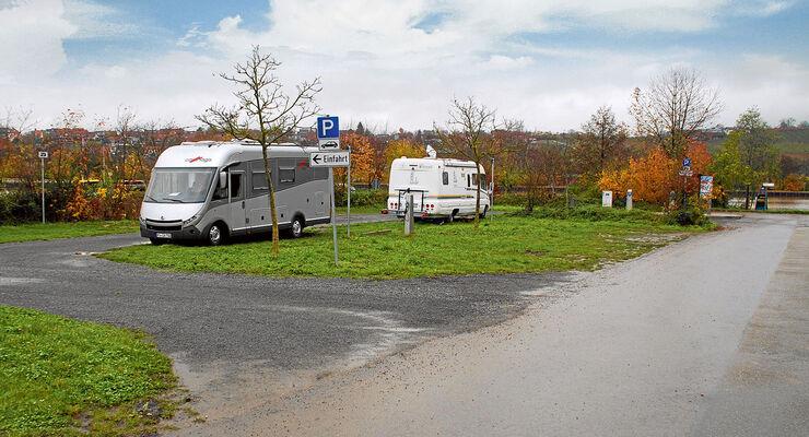 Der einfache Platz direkt am Neckar.