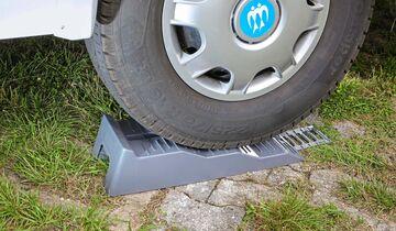 Die drei Ebenen des Level-Up-Kits bieten dem Reifen eine ausreichend große Standfläche.