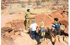 Führung im Twyfelfontein-Park in Namibia