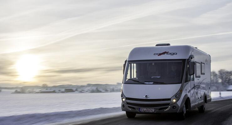 Immer mehr Reisemobilurlauber genießen Wintercamping. Voraussetzung für den Urlaubsgenuss ist ein winterfestes Reisemobil.
