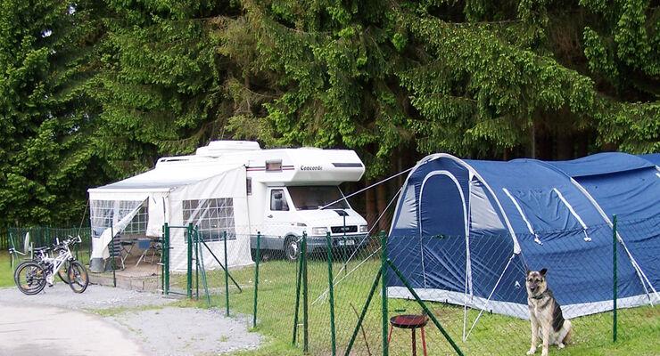 Knaus Campingpark Viechtach als hundefreundlich ausgezeichnet