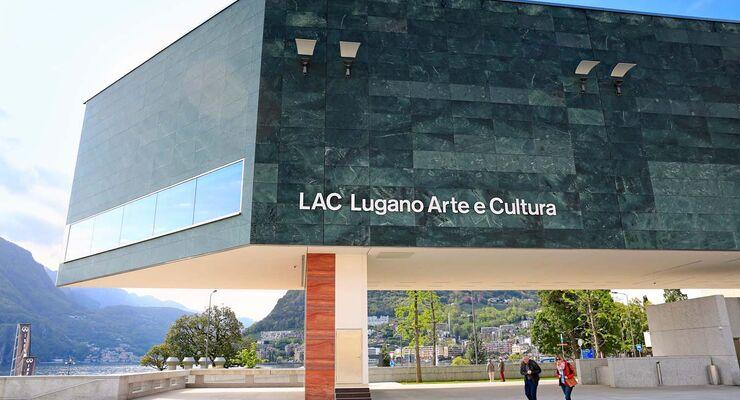 Neues, kühn gestaltetes Kulturzentrum in Lugano.