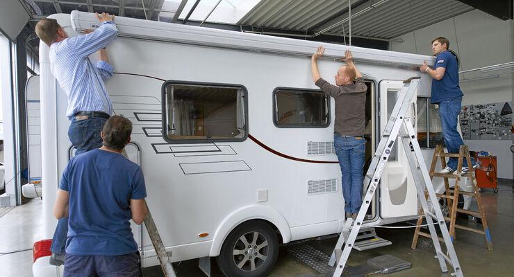 Ratgeber anbau einer wohnmobil markise promobil Markise seitlich befestigen