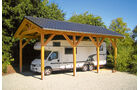 Reisemobil mit Carport