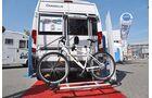 Speziell für Kastenwagen gibt es von SMV den Fahrradträger Bike Max mit elektrisch absenkbaren Schienen.