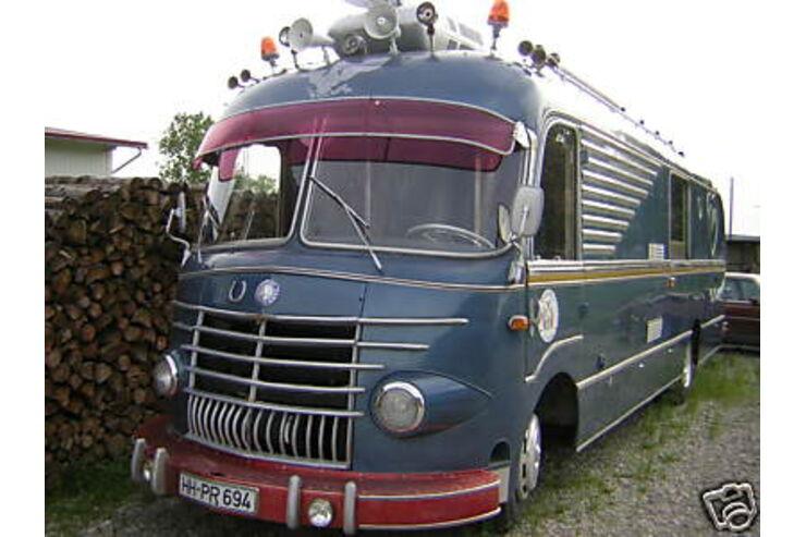Uschi Obermaiers Reisemobil bei ebay Wohnmobil Promis