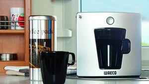 """Waeco wird auf dem Caravan Salon die Kaffee-Padmaschine """"PerfectCoffee PAD01"""" für den mobilen Einsatz zeigen."""