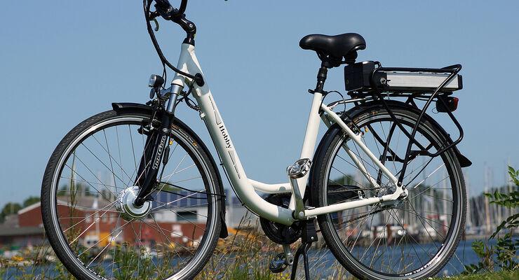 Wer das Elektrofahrrad bis zum 16. Oktober 2013 im Hobby-Online-Shop ordert, spart rund 200 Euro.