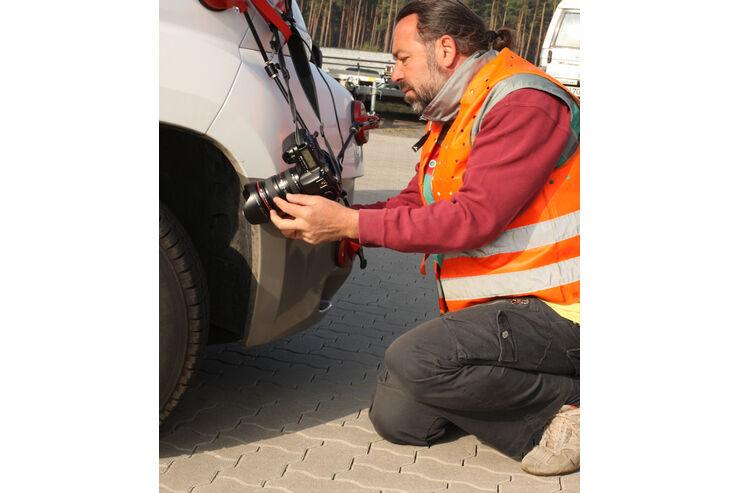 promobil Titel-Shooting für Heft Mai 2008 Reifen auf nasser Fahrbahn